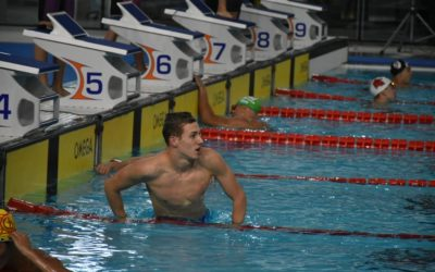 Joaquín González Piñero, la joven promesa que entrena en Dubai bajó un récord argentino en el Campeonato Open de natación